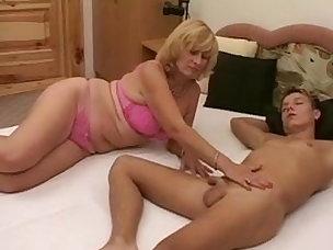 Deepthroat Porn Videos