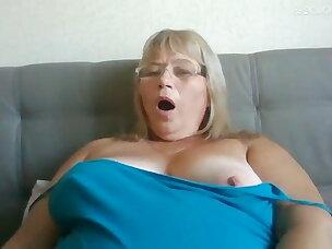 Tongue Porn Videos