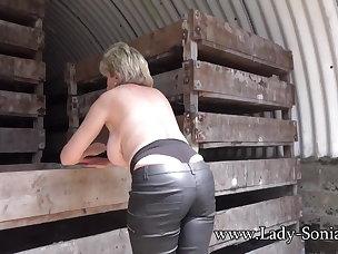 Nude Porn Videos