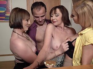 Cougar Porn Videos
