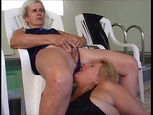Pissing Porn Videos